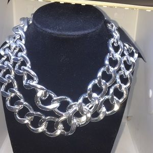 Jewelry - Ladies Bold Silver Link Ladies Necklace